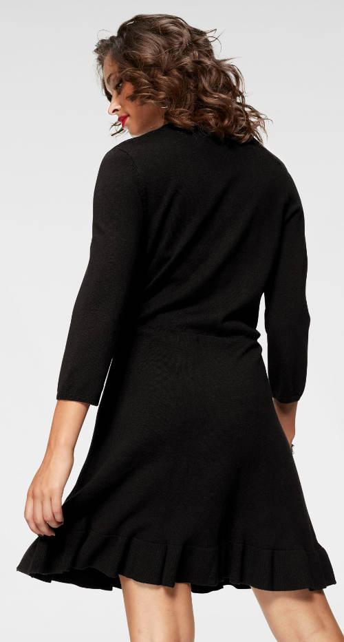 Černé hřejivé úpletové šaty