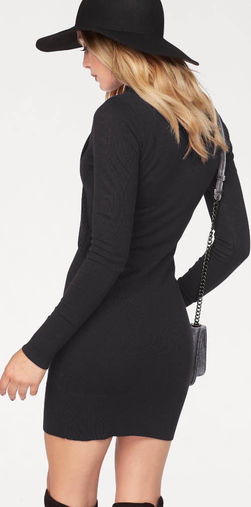 Černé úpletové podzimní šaty