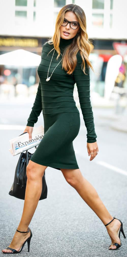 Zelené pletené dámské šaty