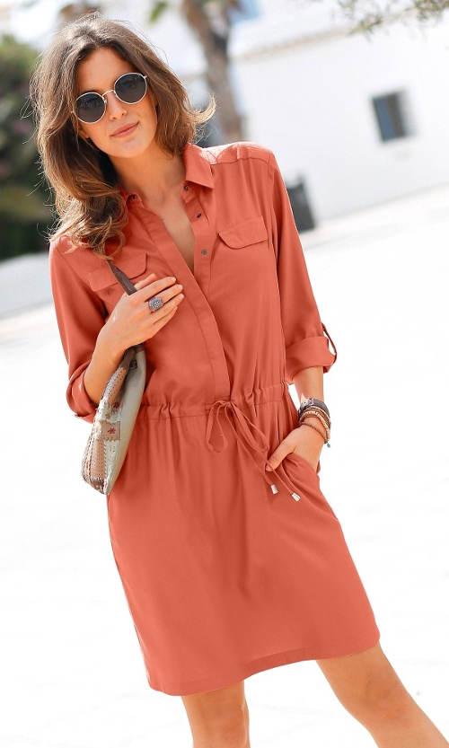 Oranžové dámské šaty košilového střihu