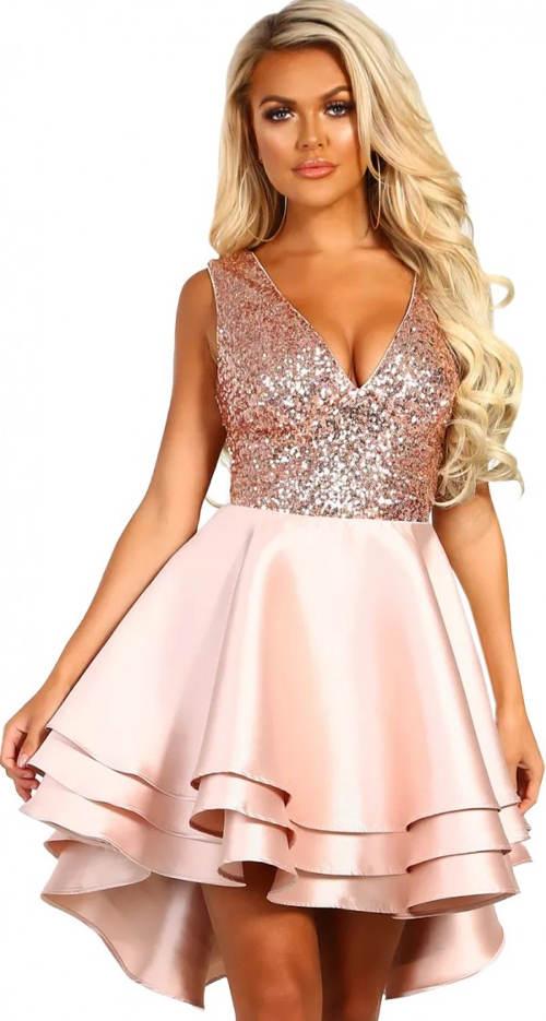 Růžové plesové šaty s lesklými flitry