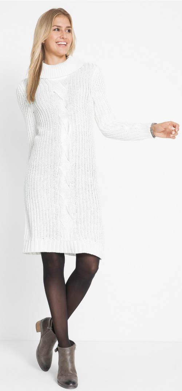 Sněhobílé pletené zimní šaty