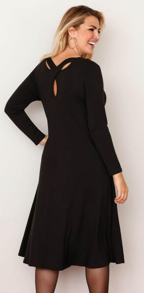 Černé XXL šaty s dlouhým rukávem