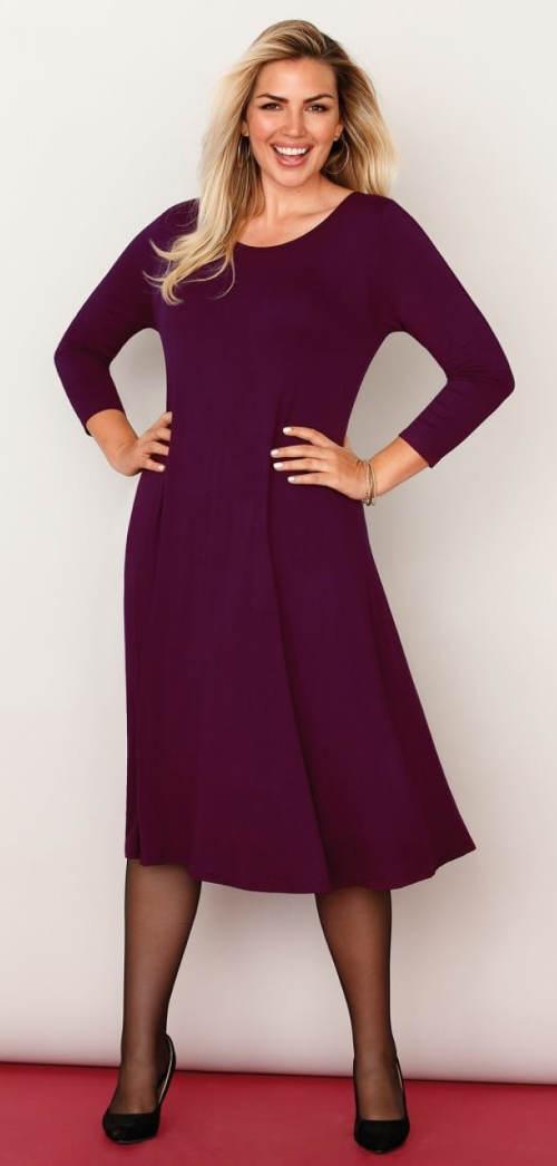 Jednobarevné rozšířené šaty pro plnoštíhlé