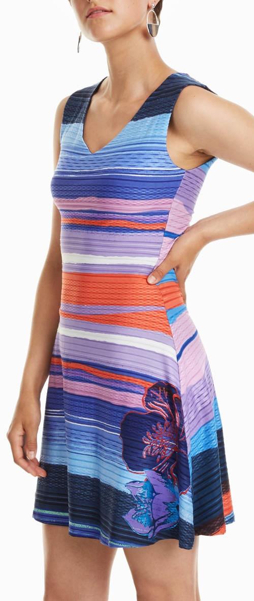 Letní sportovní dámské šaty Desigual