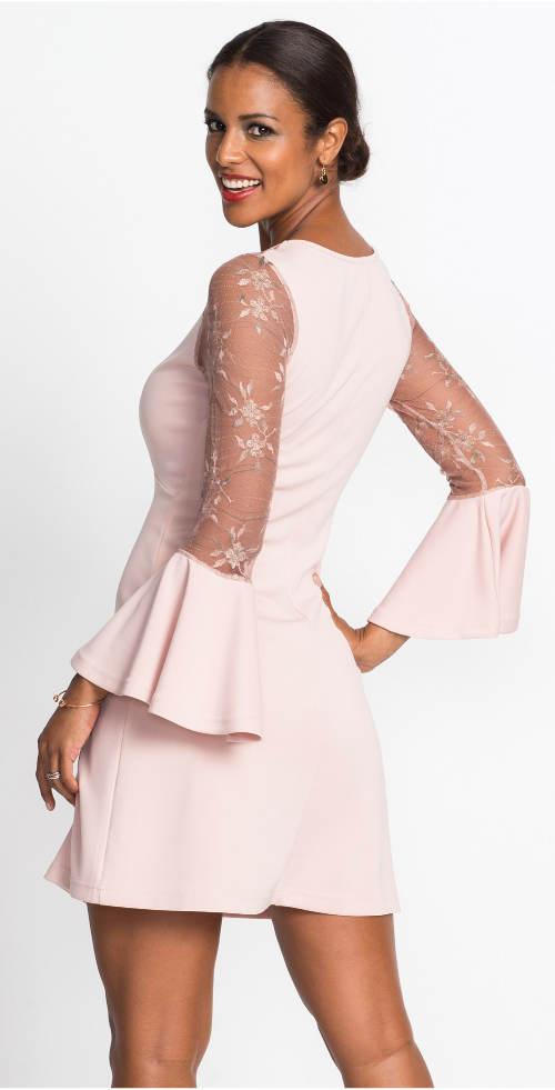 Plesové růžové šaty s volánovými rukávy