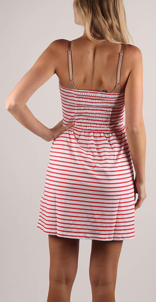 Pruhované bezramínkové letní šaty