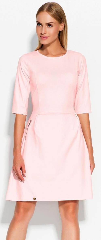 Světle růžové dámské šaty s tříčtvrtečním rukávem