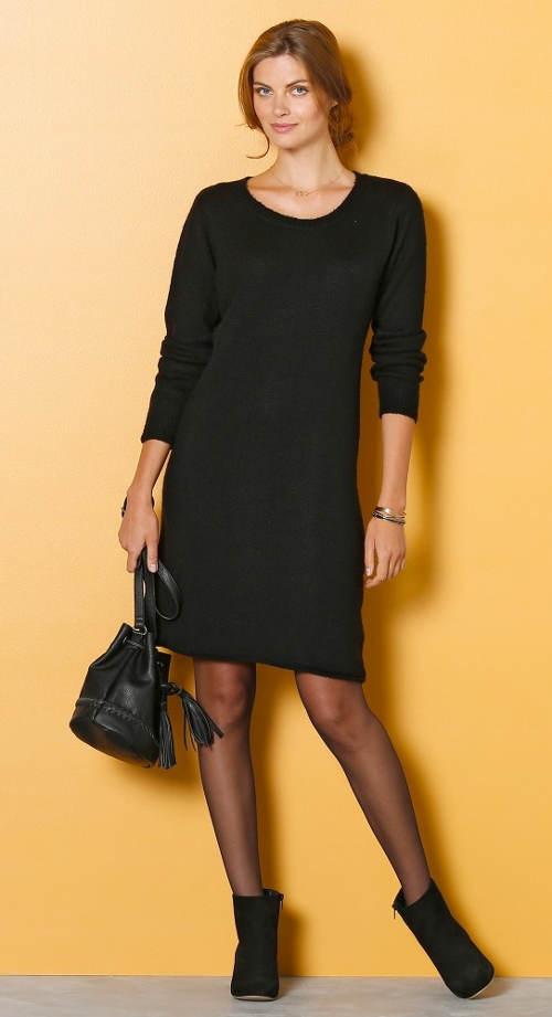 Univerzální černé úpletové šaty