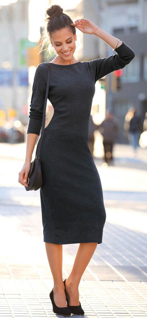 Černé úpletové jarní šaty
