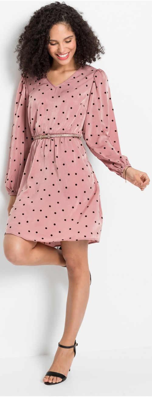Elegantní puntíkované šaty s širokými rukávy