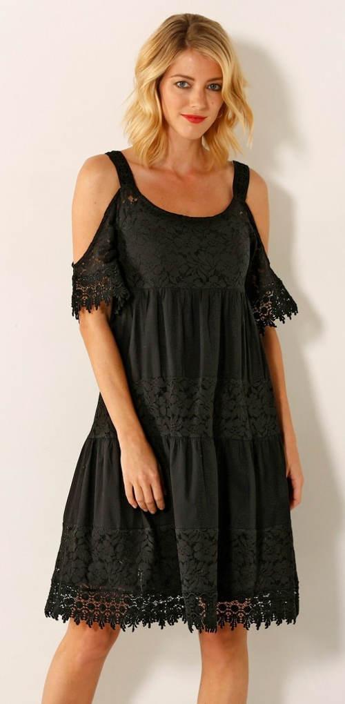 Volnočasové letní krajkové šaty pro plnoštíhlé
