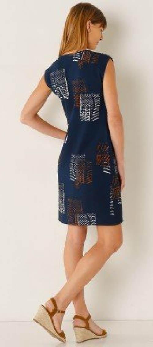 Modré letní šaty s grafickým potiskem
