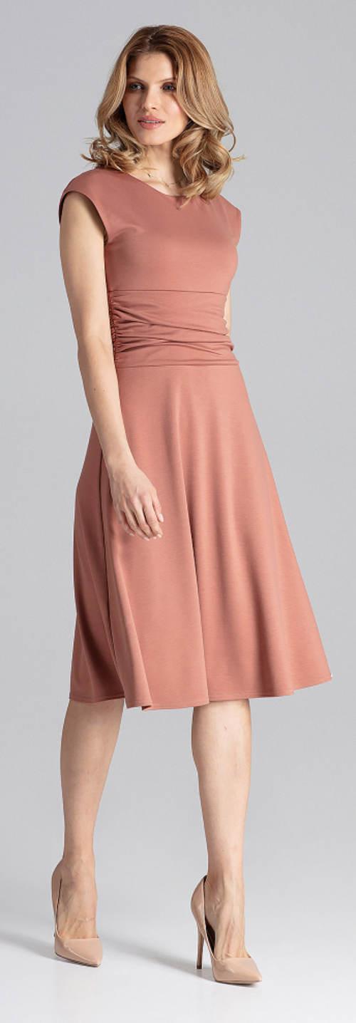 Společenské šaty s řasením na břiše