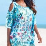 Výrazné plážové šaty s netopýřími rukávy