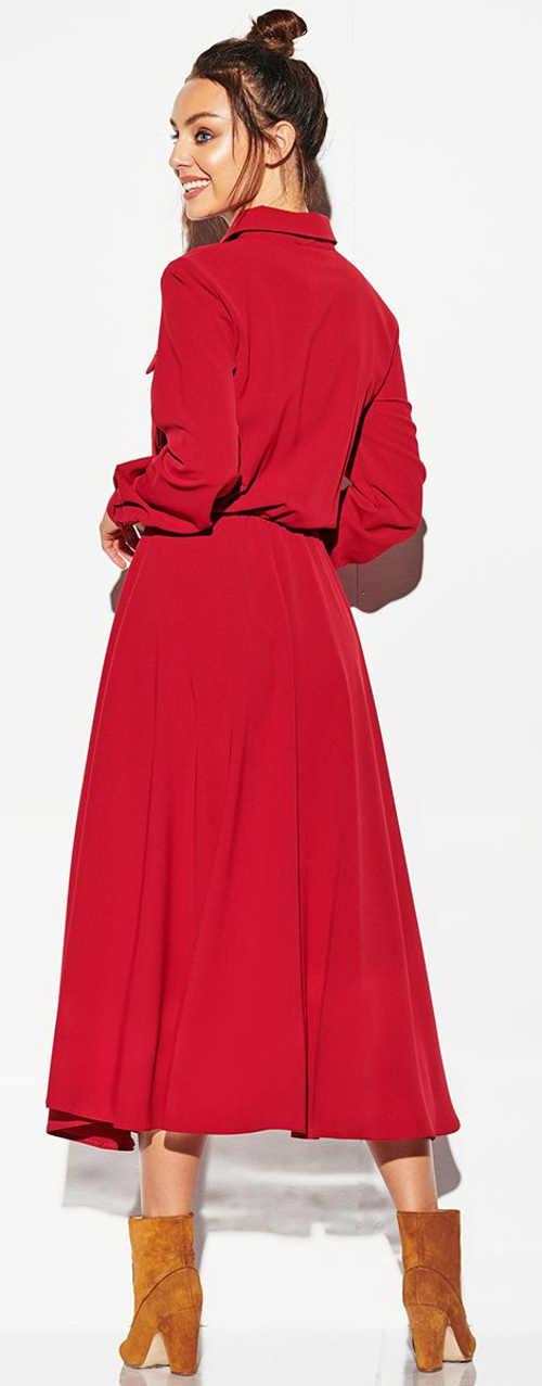 Červené zimní dámské šaty s dlouhými rukávy