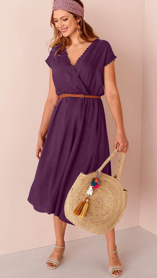 Dlouhé fialové šaty s překřížením