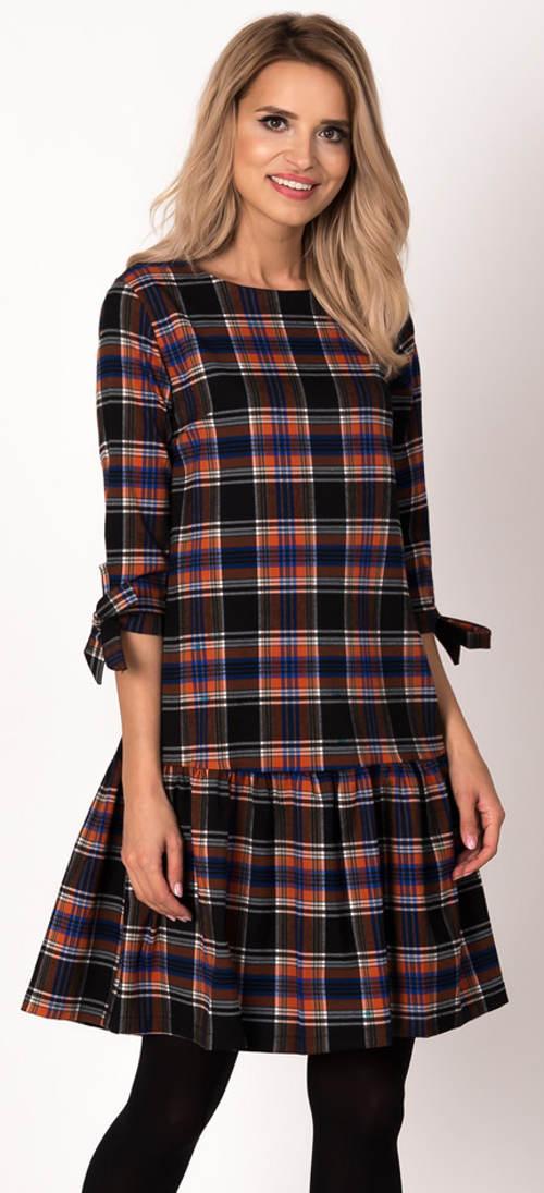 Kostkované dámské šaty k legínám