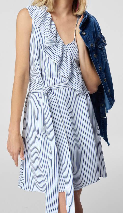 Námořnické letní šaty s volánem přes prsa