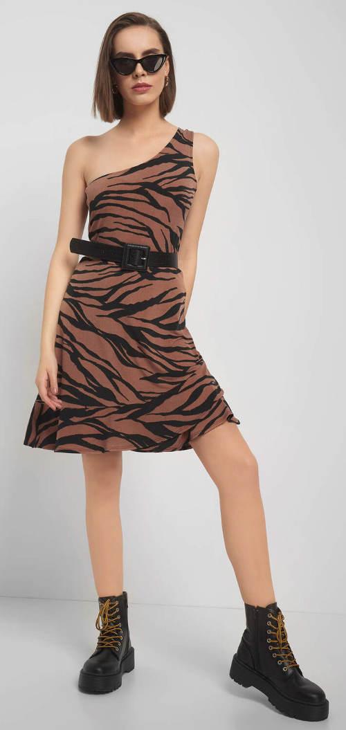 Jednoramínkové šaty pro mladé