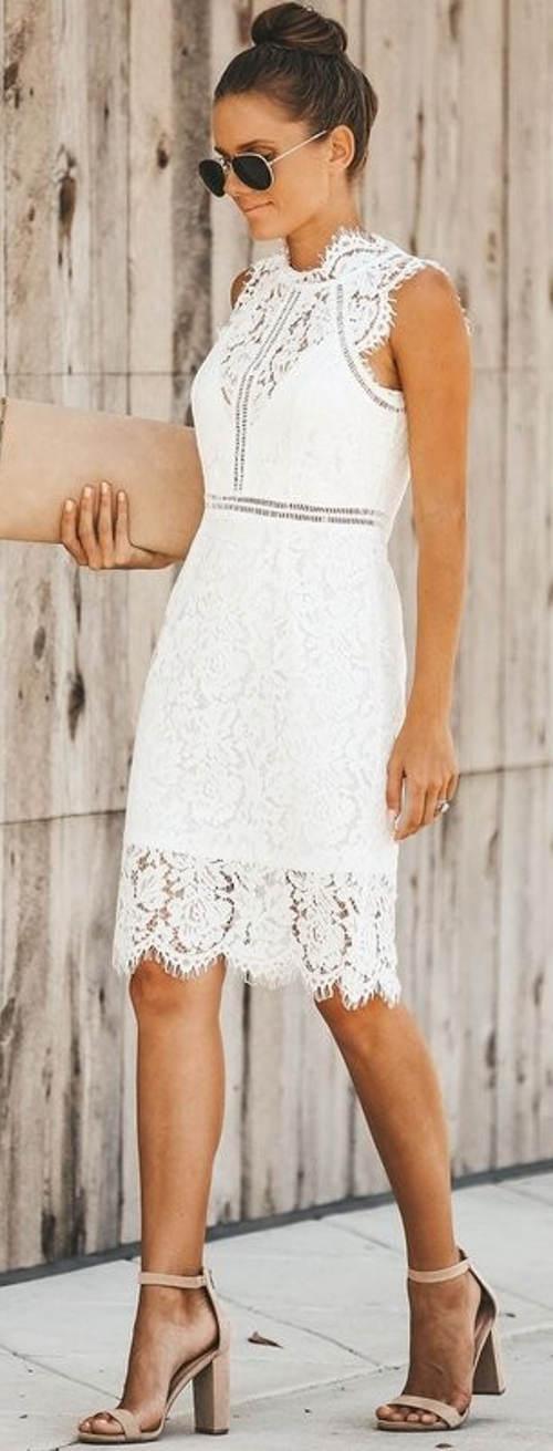 Letní společenské krajkové šaty