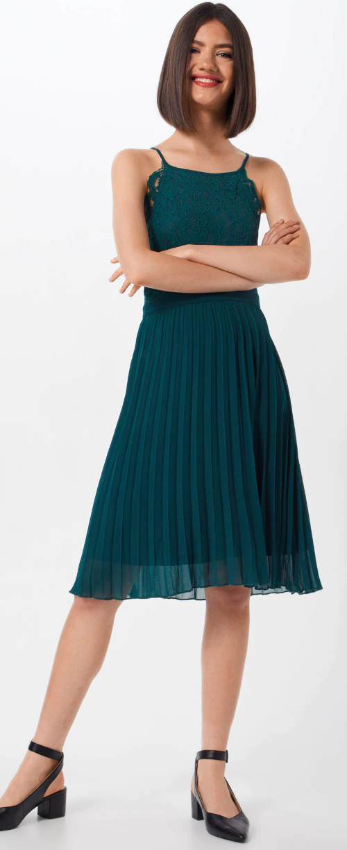 Letní společenské šaty s plísovanou sukní
