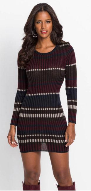 Pruhované pletené dámské šaty na zimu