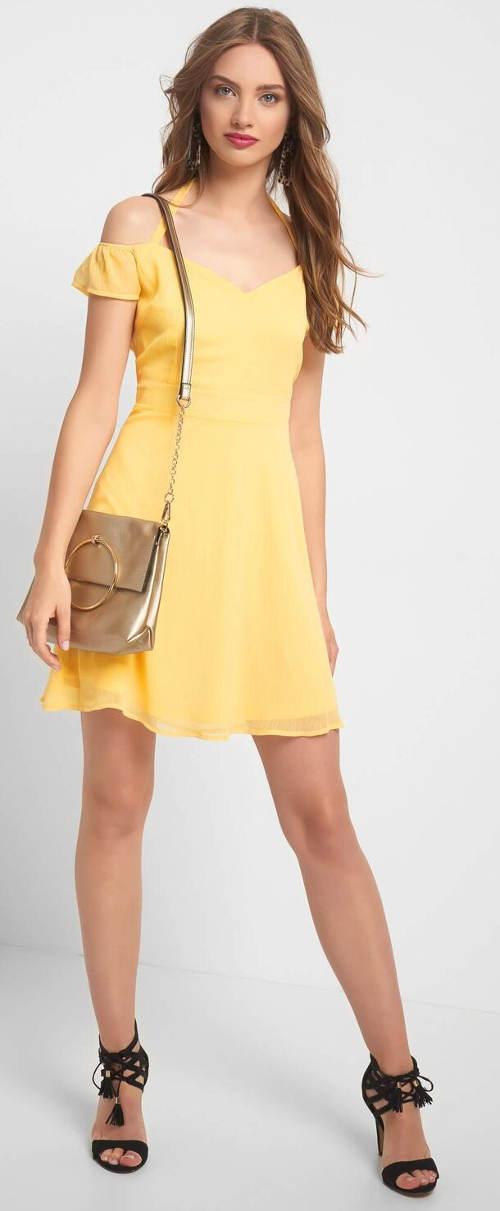 Žluté šaty se spadlými ramínky