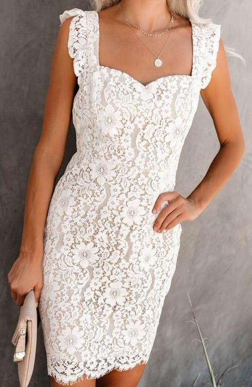 Bílé jednobarevné šaty z květinové krajky