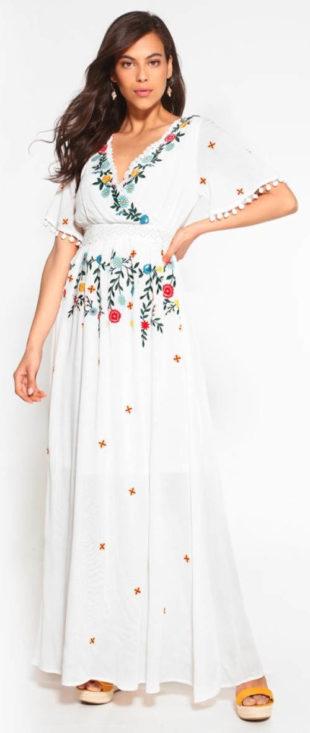 Dlouhé boho šaty s výšivkami