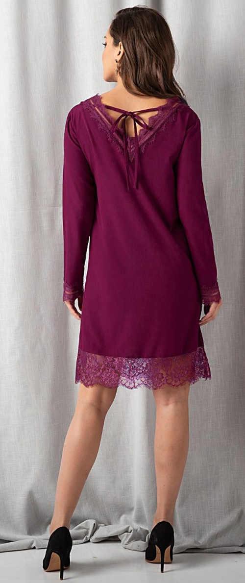 Bordó šaty pro plnější tvary s krajkovým lemem