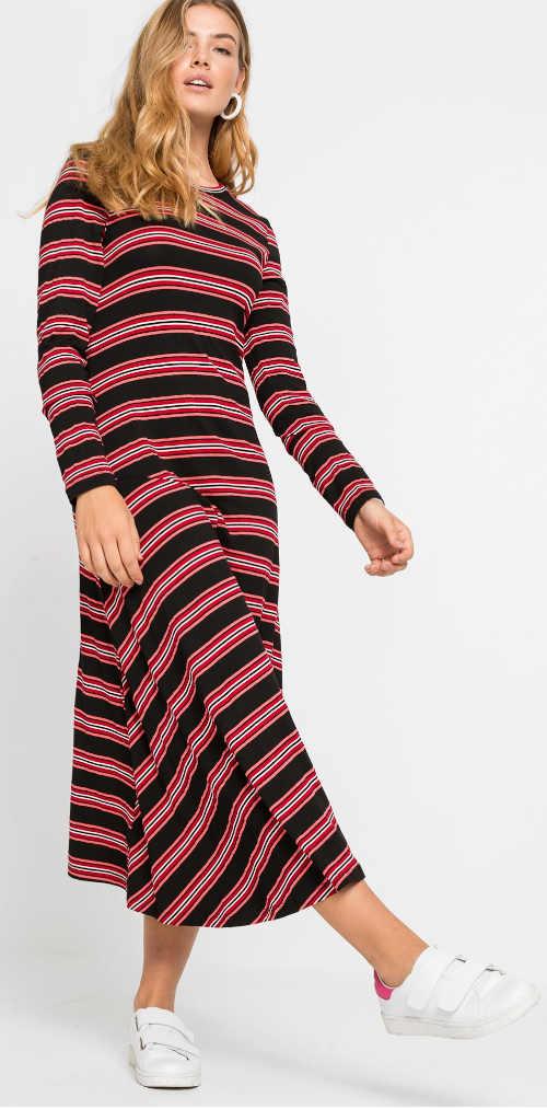 Černo-bílo-červené pružné šaty