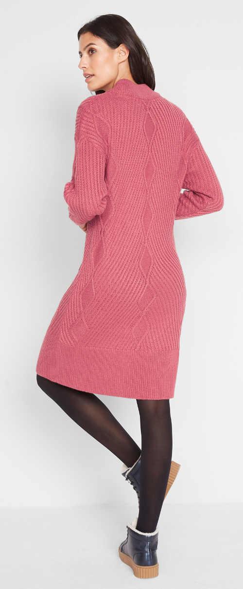 Malinové pletené plus size šaty