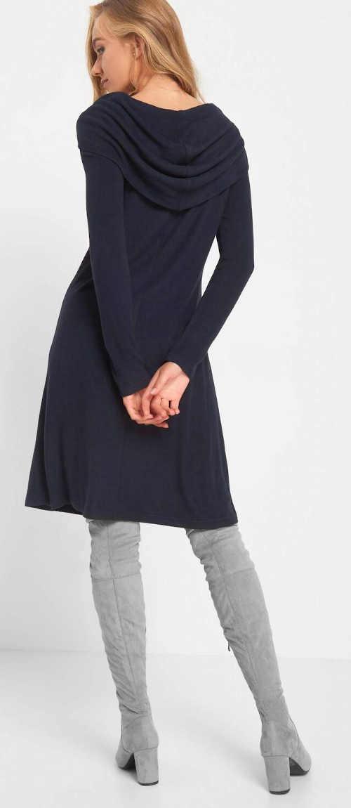 Šaty ke kolenům s dlouhým rukávem