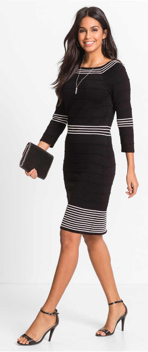 Černé pletené podzimní šaty s ozdobným proužkem
