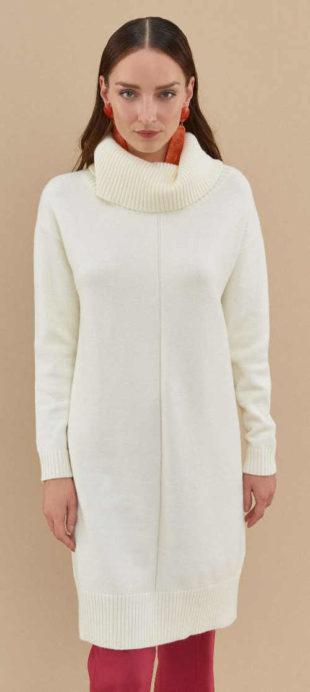 Dámské bílé pulovrové úpletové šaty s rolákem