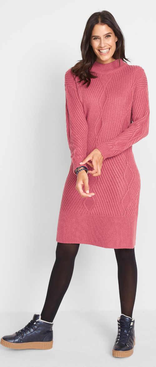 Oversized pletené šaty