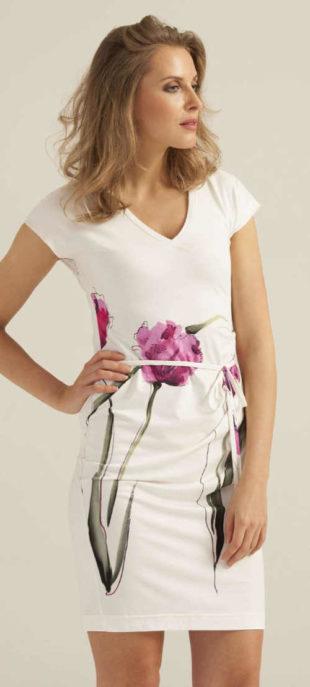 Přiléhavé letní šaty s decentním květinovým potiskem