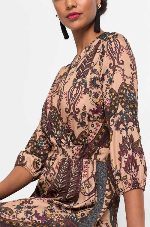 Společenské šaty s kašmírovým potiskem vzorem