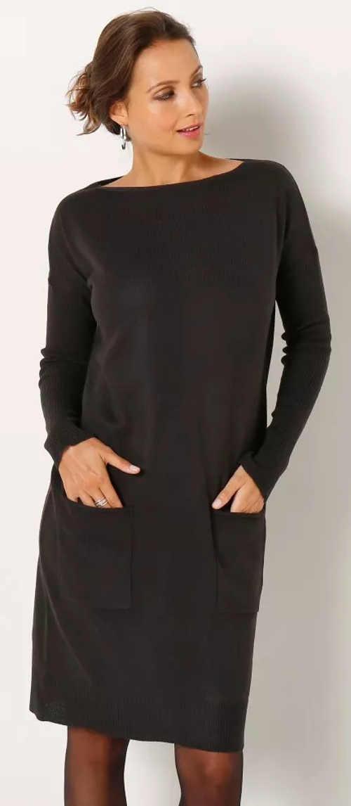 Svetrové dámské šaty s velkými kapsami