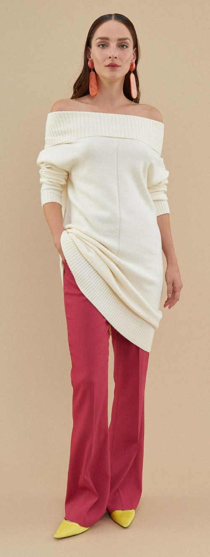 Zimní dámské pletené šaty se spadlými rukávy