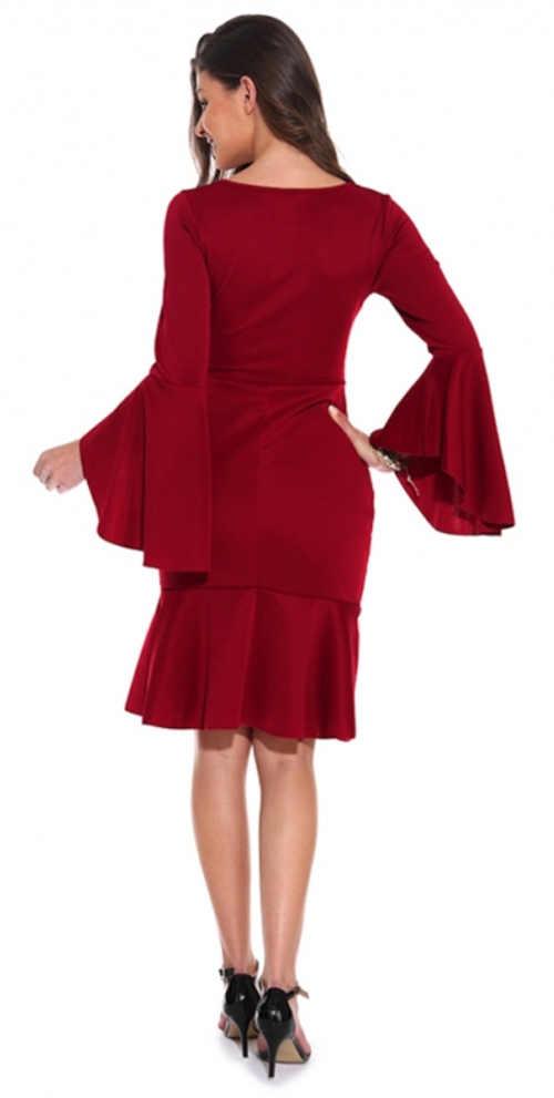 Červené dámské šaty do tanečních