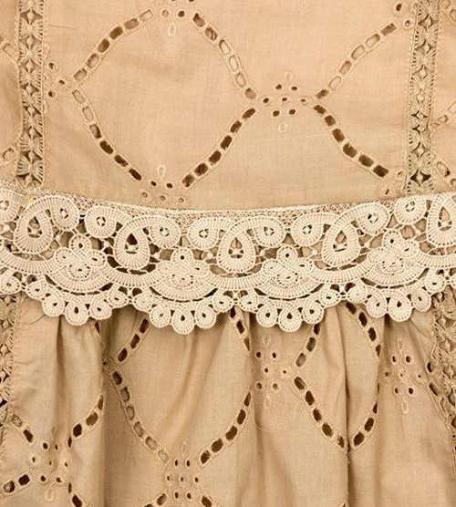 Dámské šaty s háčkovanou krajkou v pase