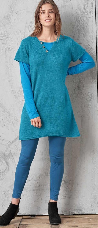 Světle modré pletené dámské šaty s krátkým rukávem