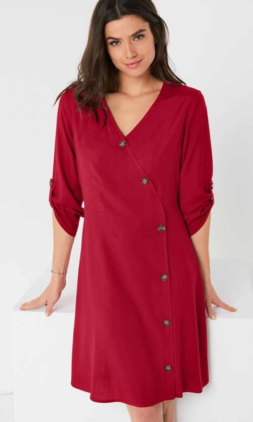 XXL dámské šaty s asymetrickou knoflíkovou légou