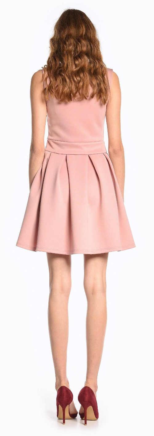 Levné růžové šaty pro družičku
