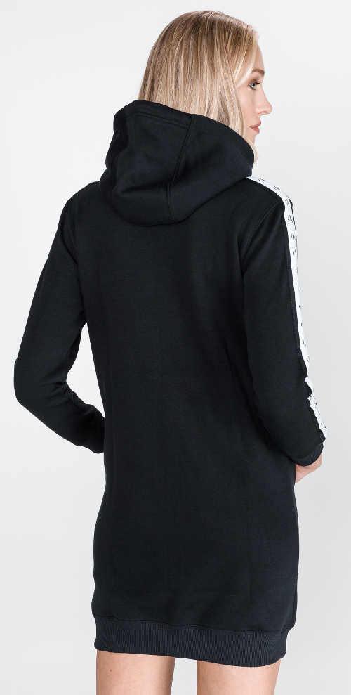 Černé mikinové dámské šaty s kapucí