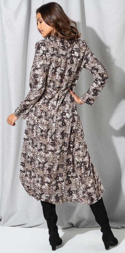 Dlouhé dámské šaty motiv hadí kůže