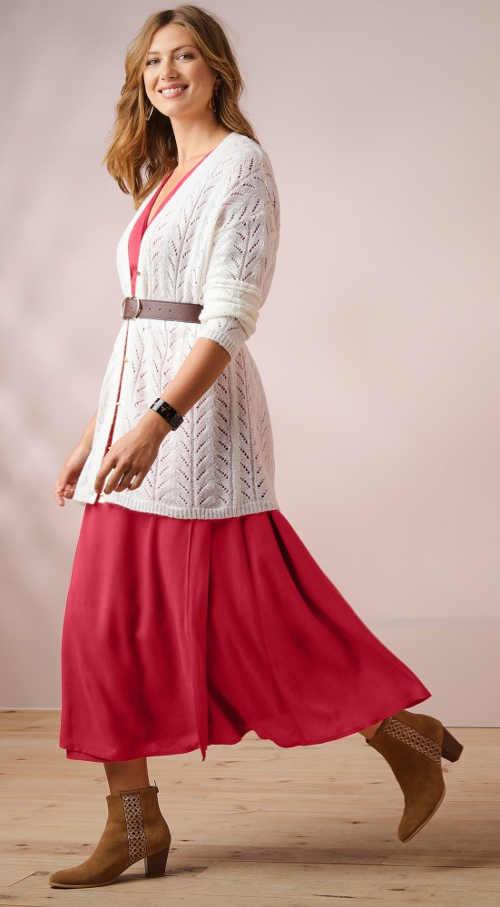 Dlouhé jarní šaty pod svetr