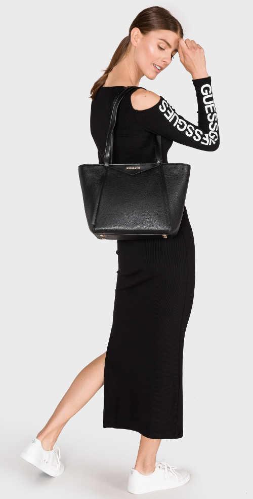 Dlouhé úpletové černé šaty Guess